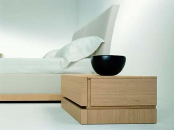 Mesas de dormir para habitaciones juveniles dormitorio for Mesas de noche blancas
