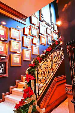 Adornos navide os para decorar las escaleras navidad for Decorar escaleras con fotos