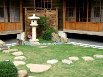 beitour-folk-arts-museum-garden.jpg