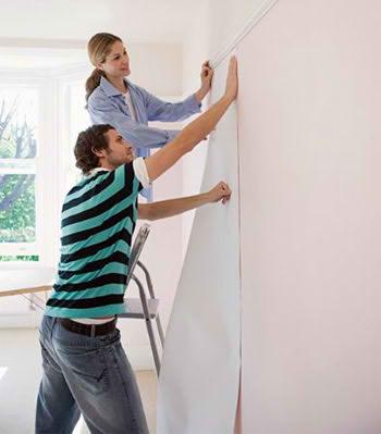 Consejos para empapelar zonas dif ciles pintura decora for Papeles vinilicos para empapelar