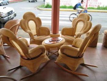 C mo limpiar los muebles de bamb muebles decora ilumina - Sillones de bambu ...