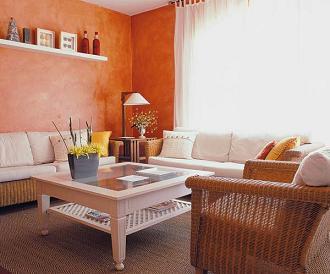 C mo combinar la pintura con el suelo y los muebles - Muebles marrones de que color pinto las paredes ...