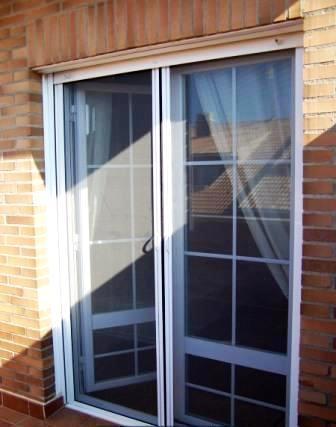 Tipos de puertas para el interior de tu casa tendencias - Puertas para jardin de aluminio ...