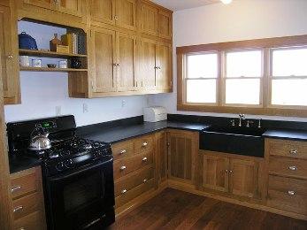 Gabinetes de madera para la cocina cocina decora ilumina for Modelos de gabinetes de cocina