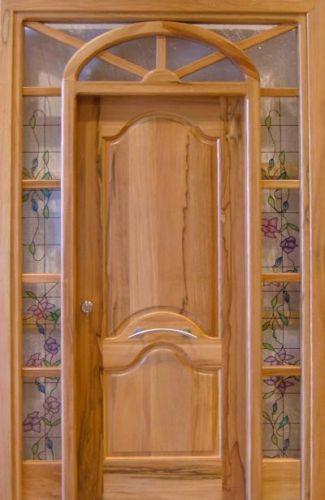 Tipos de puertas para el interior de tu casa tendencias for Puertas de madera maciza exterior
