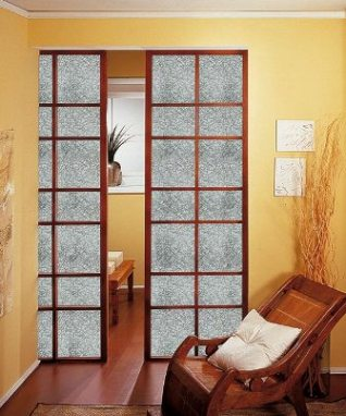 Elegantes puertas de vidrio para el interior de tu casa for Puertas interiores de madera con vidrio