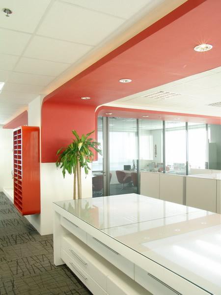 Nuevas tendencias en la decoraci n de oficinas estilo for Imagenes de oficinas minimalistas