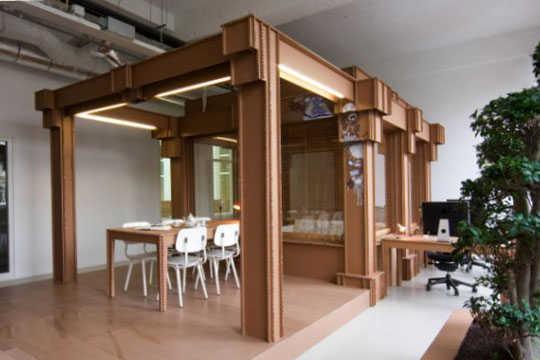 C mo crear una oficina con material reciclado oficina for Comedor para oficina