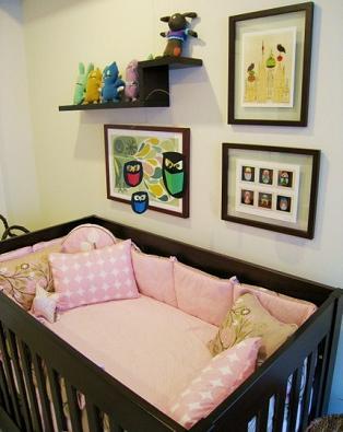 C mo decorar la habitaci n del beb con muebles oscuros - Como decorar habitacion bebe ...