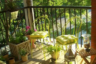 Ideas para decorar una peque a terraza urbana terraza for Decoracion de terrazas con plantas
