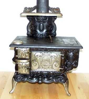 Estufas antiguas para decorar su cocina cocina decora for Estufa hierro fundido