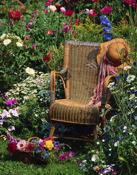 Modelos de muebles para el jard n jardin decora ilumina for Mecedoras para jardin