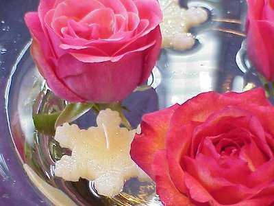 centro de mesa flores velas