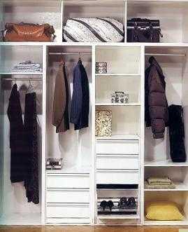 Tiles consejos para dise ar el interior de un armario - Distribucion de armarios roperos ...