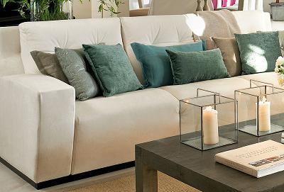 C mo decorar los muebles del sal n muebles decora ilumina - Como decorar mueble salon ...