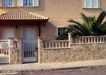 Piedra natural para revestir las paredes tendencias - Casas decoradas con piedra natural ...