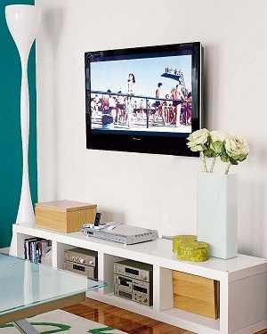 C mo decorar la pared del televisor sala decora ilumina - Colgar la tele en la pared ...
