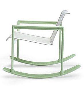 Modernas mecedoras con estilo futurista muebles decora for Mecedoras de jardin