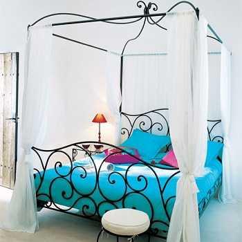 los nuevos modelos en camas de forja incorporan diseos y formas originales en crema y con dosel esta cama se complementa con