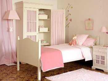 C mo organizar un dormitorio infantil con armarios for Armario habitacion nina