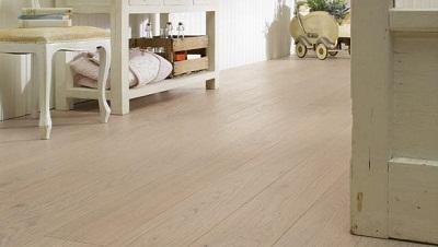Tendencias en suelos de madera pisos decora ilumina for Suelo vinilico madera