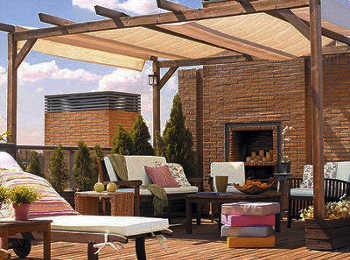 Modelos de toldos para decorar la terraza terraza for Toldos madera para terrazas