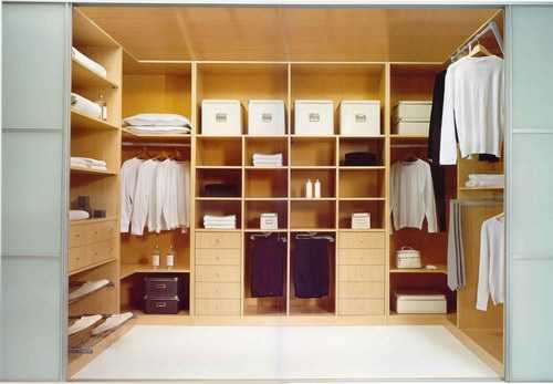 Precauciones para el mantenimiento de los muebles de for Lavado de muebles de madera