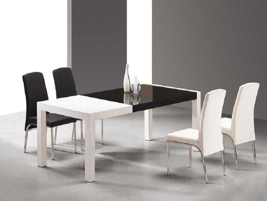 Un comedor en blanco y negro comedor decora ilumina for Comedor gris y blanco