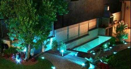 C mo iluminar adecuadamente tu jard n jardin decora for Como iluminar un parque