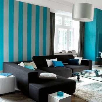 Papeles pintados de rayas tendencias decora ilumina for Pintado de salas pequenas