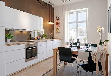 Cocinas blancas cocina decora ilumina for Cocina blanca encimera roja