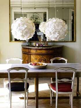 Consejos y tendencias en iluminaci n de comedores - Que poner encima de una mesa de comedor ...