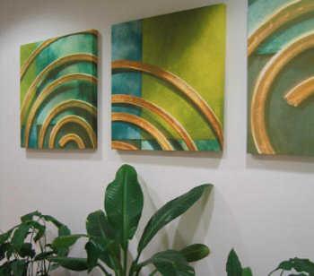 C mo decorar el pasillo de mi departamento nuevos for Cuadros verticales modernos