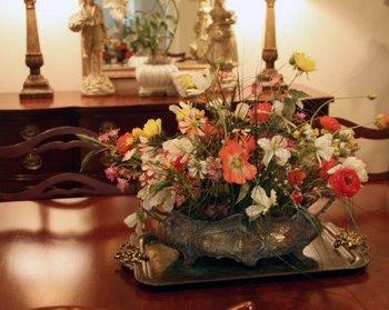Centros de mesa con flores para el comedor de diario | Sala - Decora ...