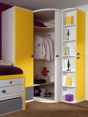 C mo decorar una habitaci n juvenil dormitorio decora for Armarios roperos para habitaciones pequenas
