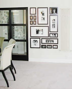 C mo decorar con fotos las paredes de tu casa tip del - Marcos de fotos para colgar ...