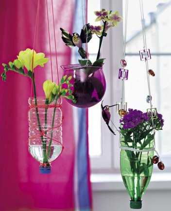 Novedades en plantas y macetas para el interior de las - Macetas para colgar ...