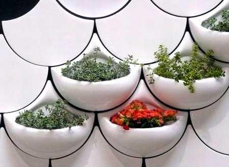 Novedades en plantas y macetas para el interior de las - Macetas para pared ...