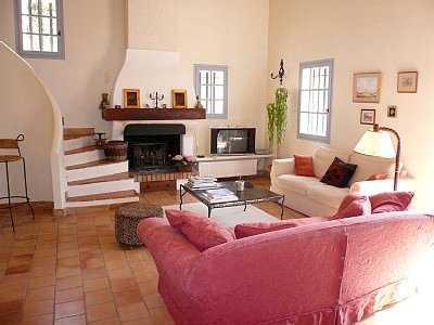 Decoraci n moderna para tu sala de estar 3 tips sala - Chimeneas artificiales decorativas ...
