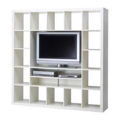 Centros de entretenimiento y muebles para la tv muebles for Mueble ikea cuadrados