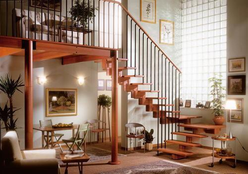 Tipos de escaleras para el interior de la casa tip del for Ver escaleras de interior