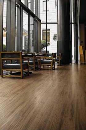 la casa como el bao dormitorio terraza entre otros sean en interiores o exteriores su limpieza y es sencillsimo y crean la misma
