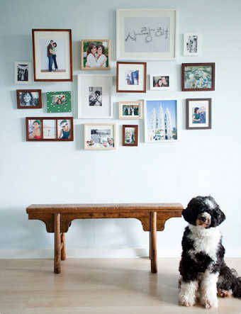 C mo decorar mi cuarto con fotos paredes decora ilumina - Marcos de fotos para colgar ...