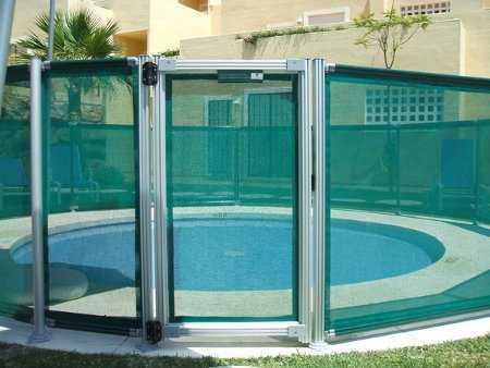 Rejas minimalistas casas ajilbabcom portal picture car for Piscinas modernas minimalistas
