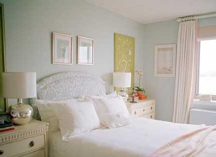 Dormitorio De Invitados En Tonos Pastel Para Agrandarlo Visualmente Dormitorio Decora Ilumina