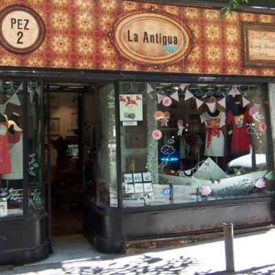 C mo decorar tu tienda de ropa tip del dia decora for Probadores de ropa interior