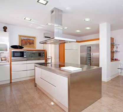 Escoge tu l mpara para techos bajos iluminacion decora for Techos para cocinas