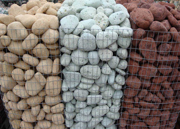 Decoraci n de jard n con piedras para tu casa jardin for Piedras negras para jardin