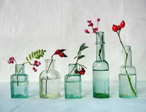 Decoraci n con botellas de vidrio recicla y renueva tu - Decoracion de botellas ...