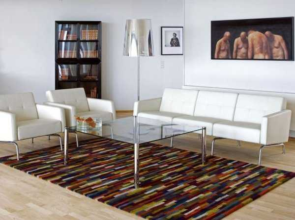 Sala minimalista modernos accesorios para tu sala en este Alfombras grandes modernas